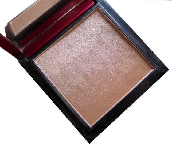The Bronzer Review - Celestial Bronzing Veil 'Tropical Days' by Kevyn Aucoin