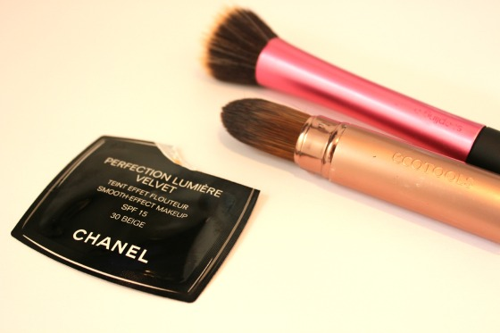 Anna talks beauty chanel foundation perfection lumiere velvet